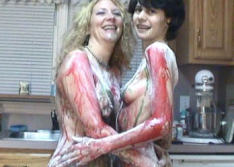Messy fun with Annie & Roxanne